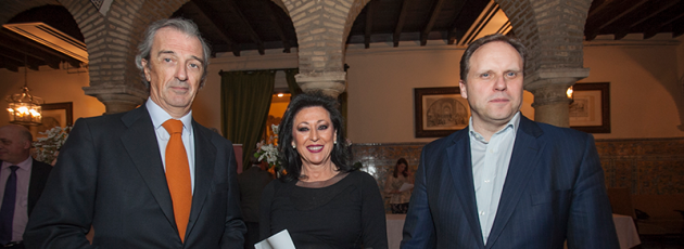 Rafael de la Hoz, Mª Dolores Jiménez y Daniel Lacalle